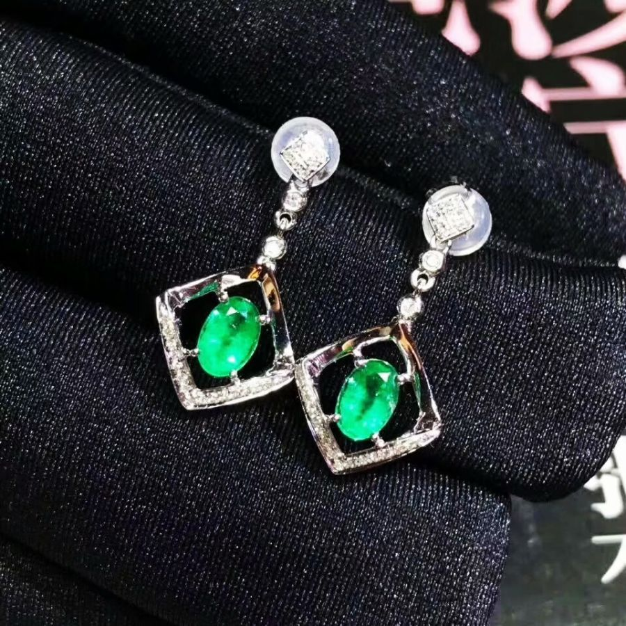 925 Sterling Silver Real Natural Green Emerald Stud Earrings Fine