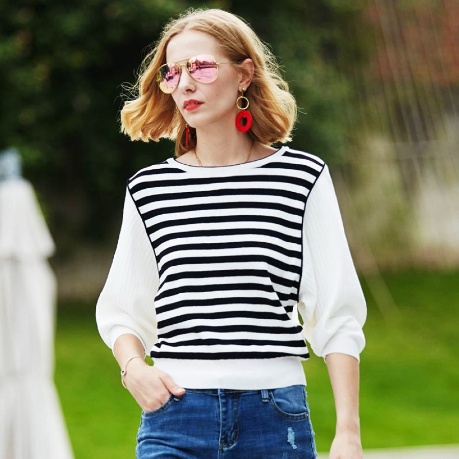 2019 New Spring Womens Knitted Striped Sweater Elegant Womens White