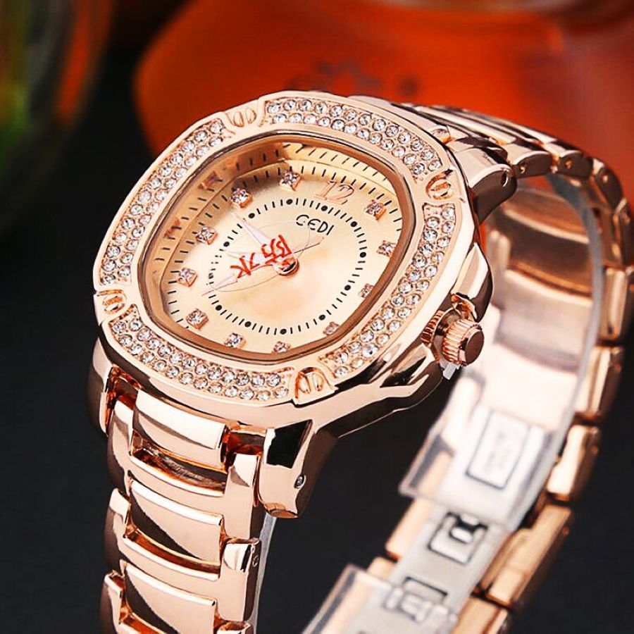 Watch Women Luxury Fashion Casual Diamond Waterproof Quartz Watches Sport